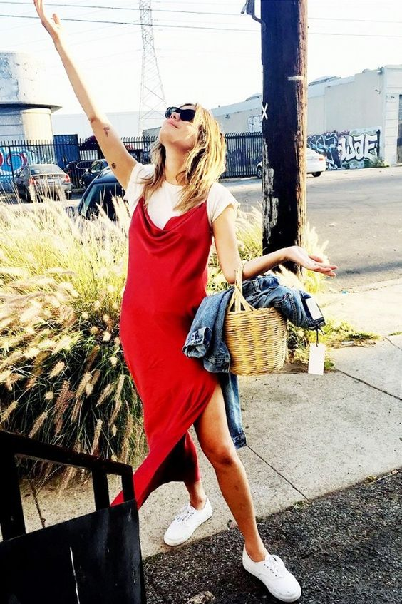 Camille Rowe rocks a slip dress with a tee | Girlfriend is Better