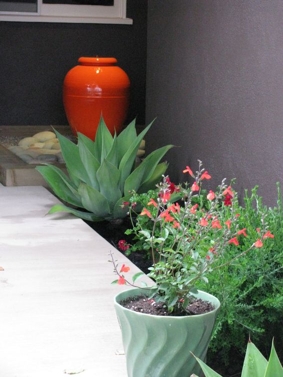 Bauer Pottery planters and oil pot | Girlfriend is Better