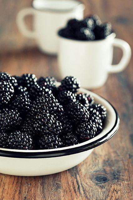 Blackberry chevre salad recipe | Girlfriend is Better