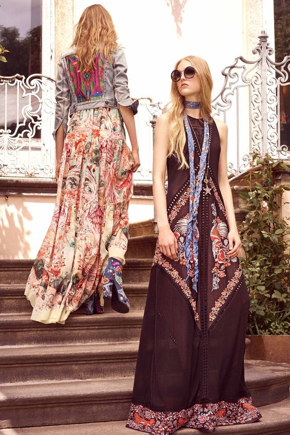 festival fashion Roberto Cavalli Resort 2017 | Girlfriend is Better