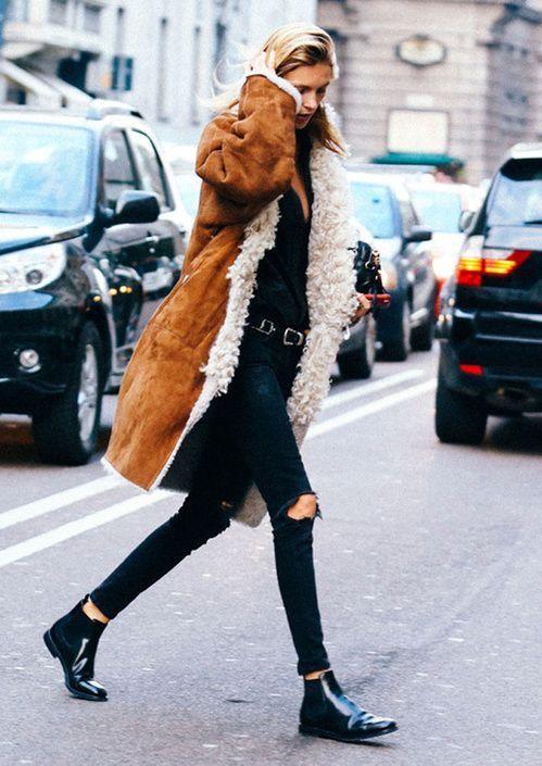 Long suede sherpa | Fur-lined coats | Girlfriend is Better