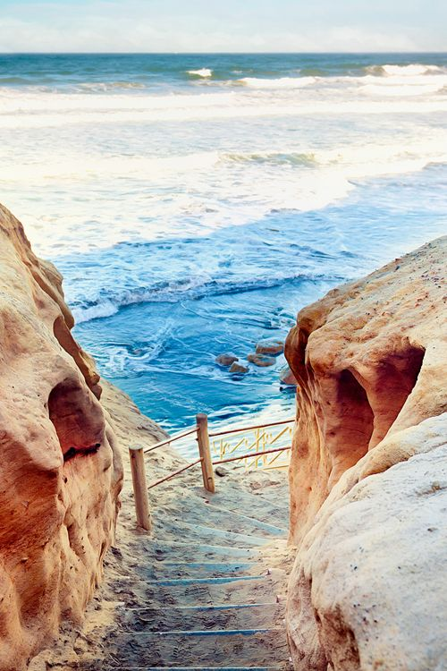 Steps to the Sea | La Jolla California travel guide | Girlfriend is Better