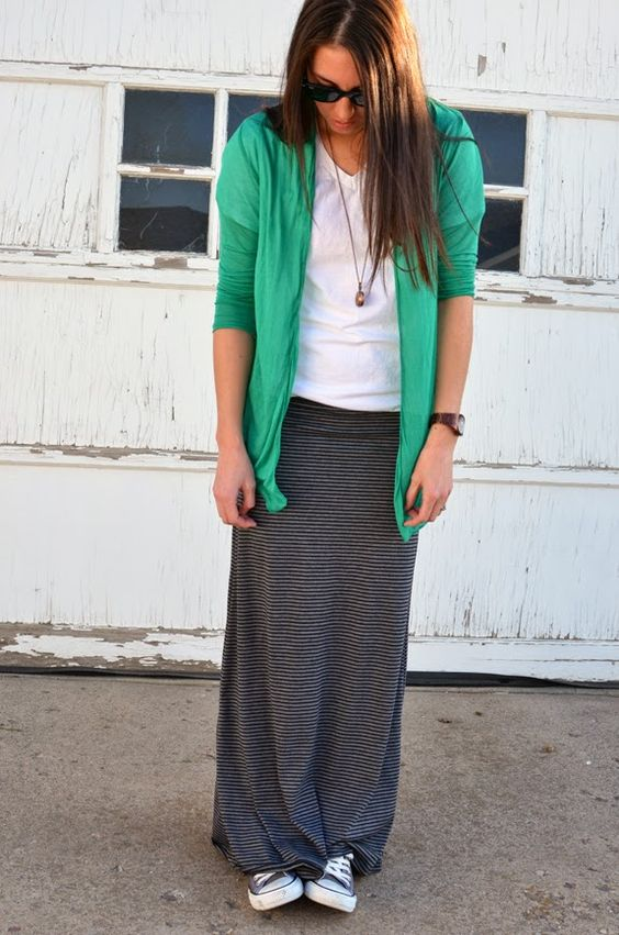 Striped maxi skirts and Converse | Girlfriend is Better