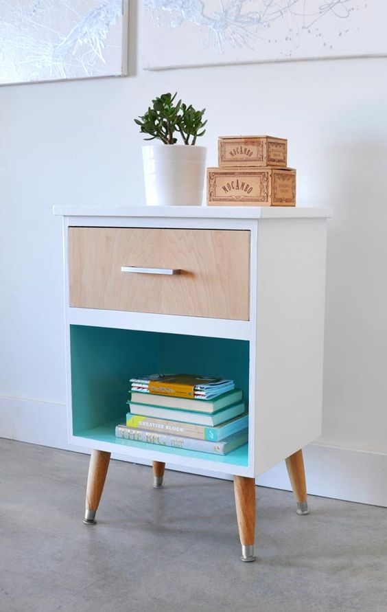 Mid Century Modern Nightstand Makeover | Painted furniture ideas | Girlfriend is Better