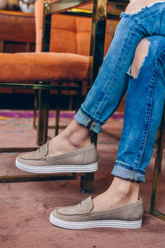 Penny loafers for working women + busy moms | Girlfriend is Better