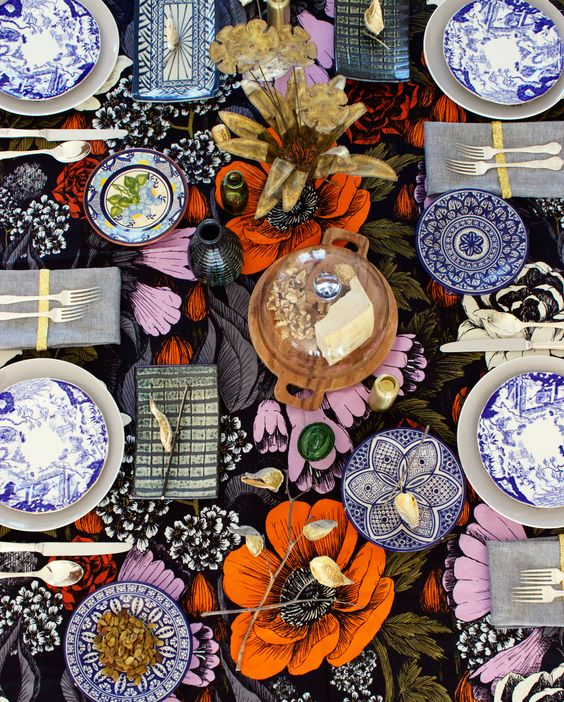 Bohemian eclectic table settings | Girlfriend is Better