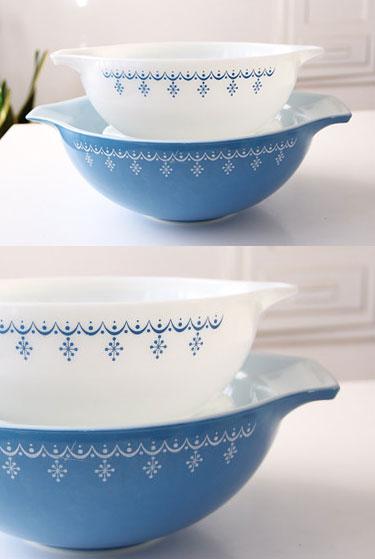 Vintage Pyrex bowls | Snowflake | FabLovesVintage Etsy