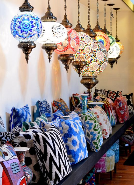 Moroccan lamps in multiple sizes hanging | Bohemian eclectic decor | Girlfriend is Better