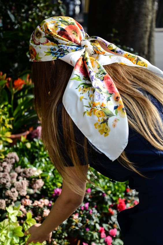 5 ways to wear a head scarf | Gucci floral print | Girlfriend is Better