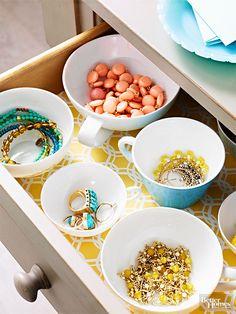 Organize jewelry drawer using china | Girlfriend is Better
