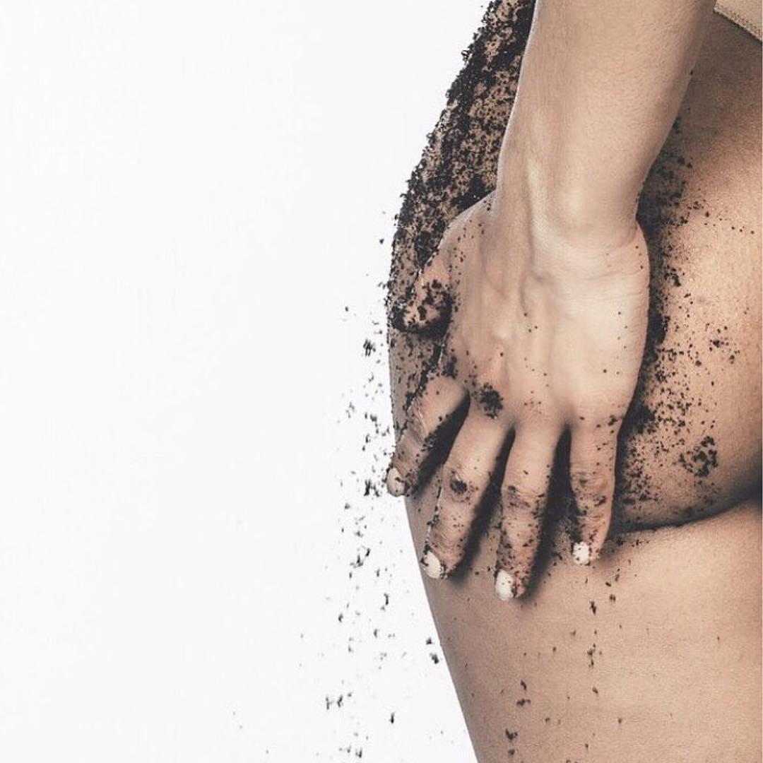 Caffeine prevents cellulite | Rosie Cheeks Scrub | Girlfriend is Better