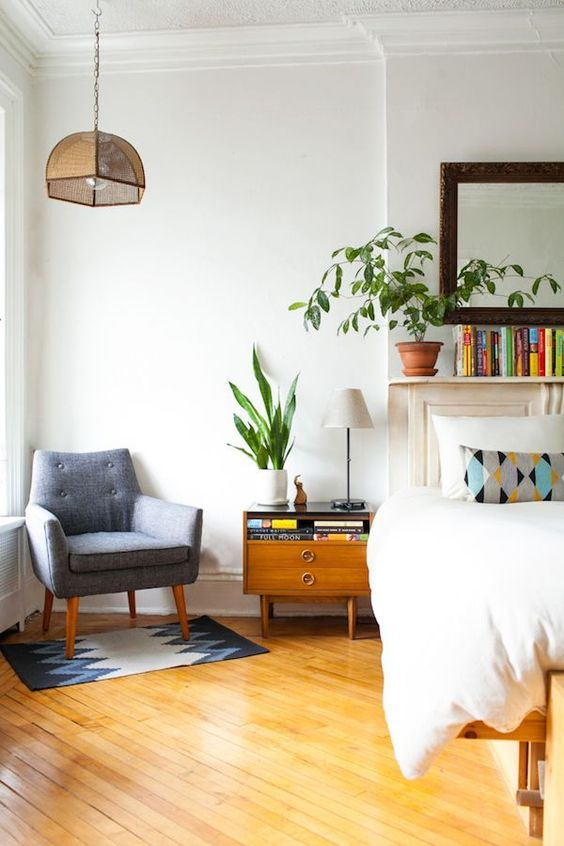 Easy bedroom nook | mid-century modern | Girlfriend is Better