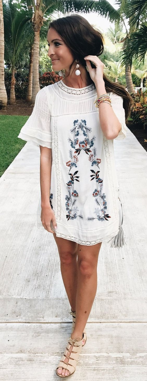 Simple cotton Spring dresses with embroidery and lace | Girlfriend is Better