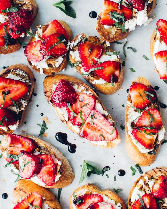Strawberry Goat Cheese Crostini recipe | Girlfriend is Better