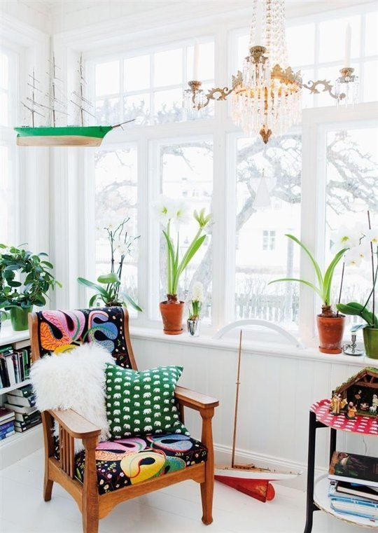 Bright and cheery sunroom | Mid-century modern minimal | Girlfriend is Better
