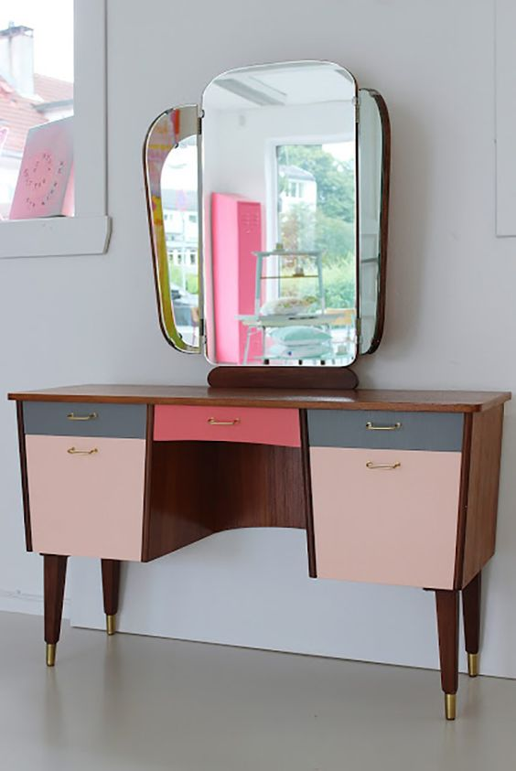 Vintage pink vanity with geometric mirrors | Girlfriend is Better