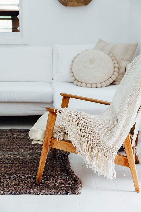 Pampa cushions in neutral tones | Girlfriend is Better
