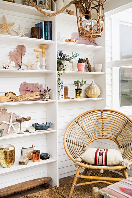 Surf shack decor with sea shells and driftwood | Girlfriend is Better