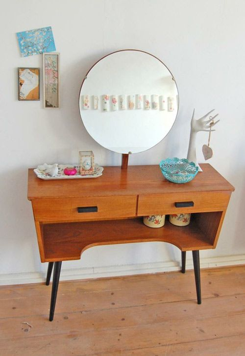 Mid-century modern dressing tables + vanities | Girlfriend is Better