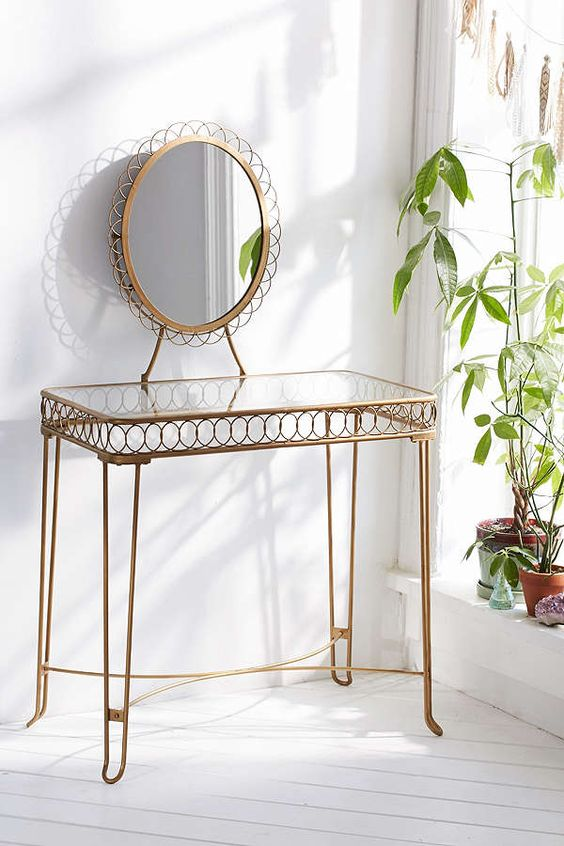 Wire loop vanity | Mid-century modern dressing tables | Girlfriend is Better