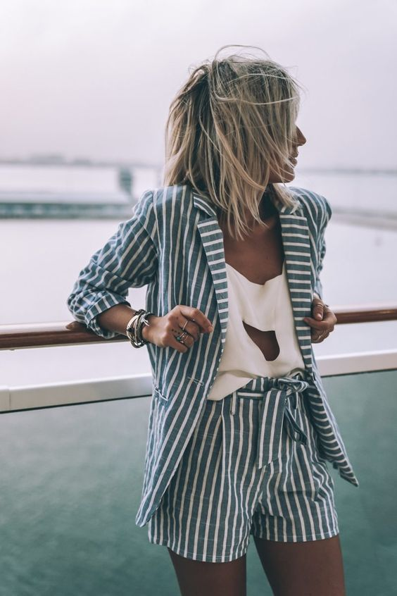 Pin-striped shorts suit | Girlfriend is Better