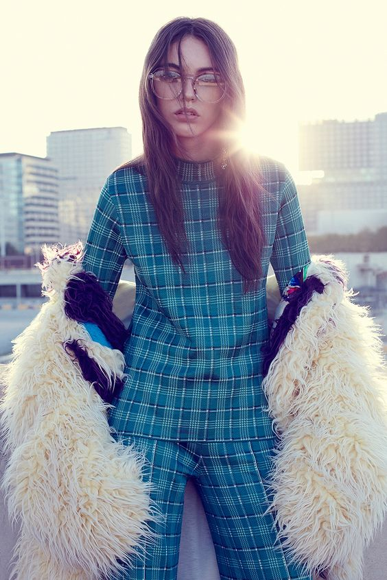 Plaid pant suit with fur coat | Fall fashion | Girlfriend is Better