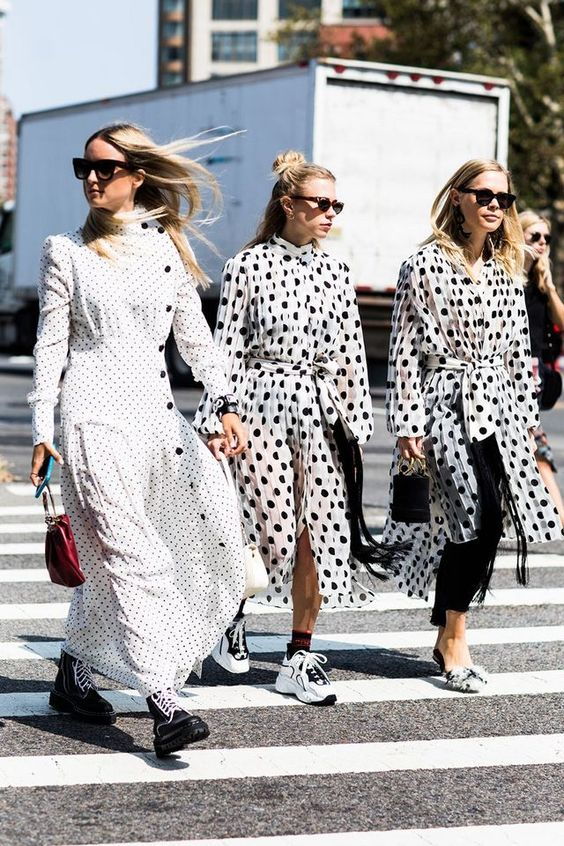 Polka dots street style | Dresses and tennis shoes boots | Girlfriend is Better
