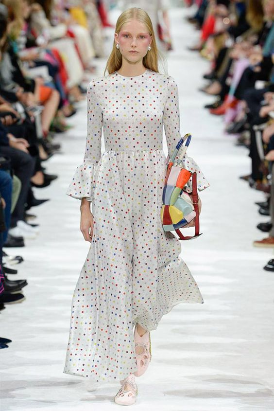 Valentino Spring 2018 polka dots dress | Milan Fashion Week | Girlfriend is Better