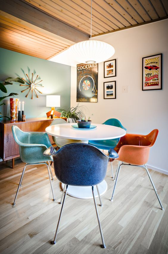 Aquarius astrology home decor guide | Mid-century modern rainbow dining chairs | Girlfriend is Better