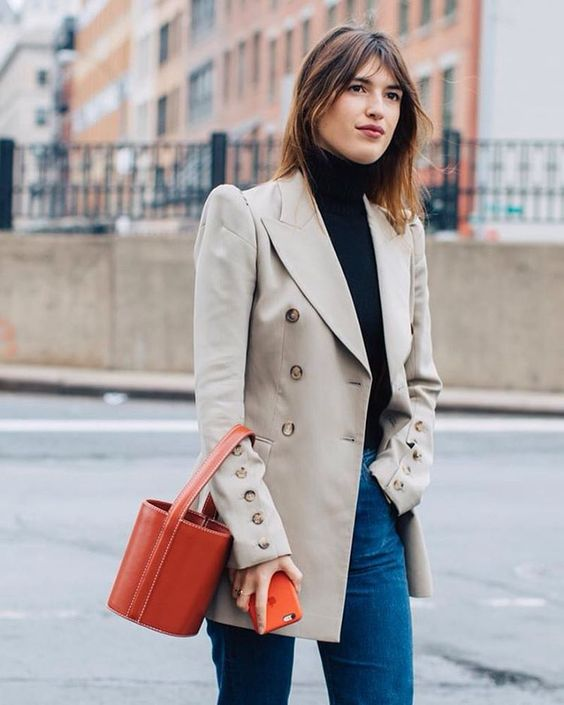 Double-breasted blazers with jeans and bucket bag | Girlfriend is Better