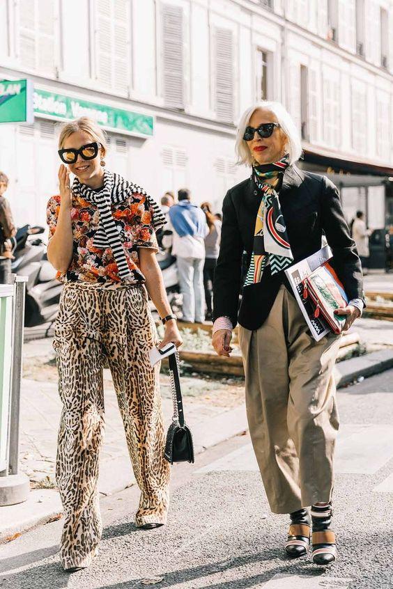 Print mixing work wear slacks, blouses, neck scarves | Girlfriend is Better