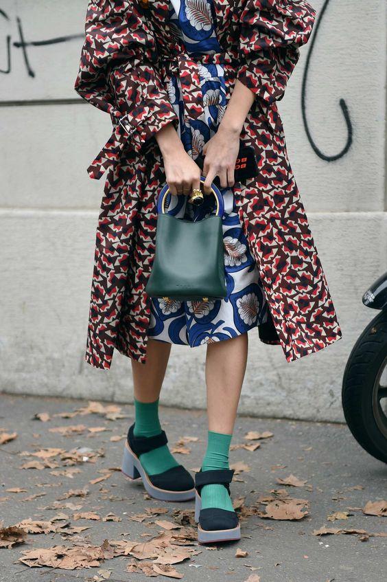 Print mixing dress, coat, socks, sandals   Milan Fashion Week 2018   Girlfriend is Better