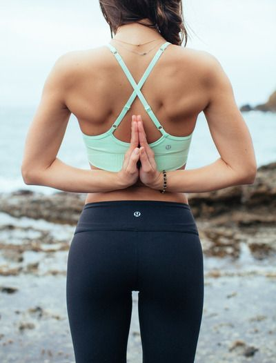 Sports bras for Yoga workout wear | Girlfriend is Better