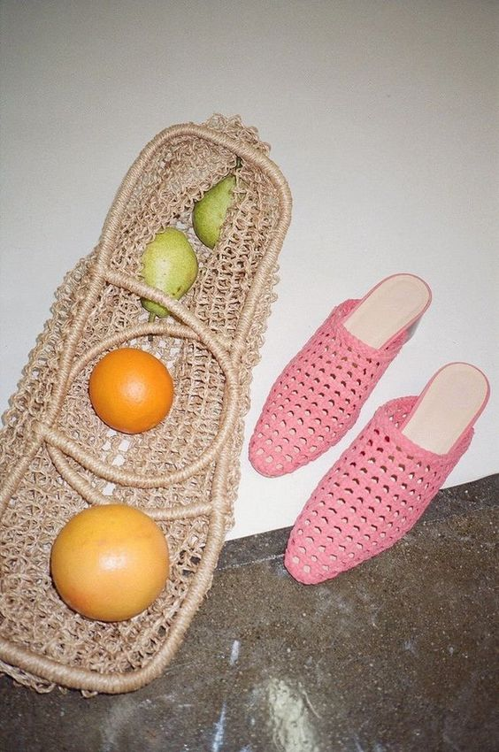 Pink woven mule sandals slides | Straw bag | Girlfriend is Better