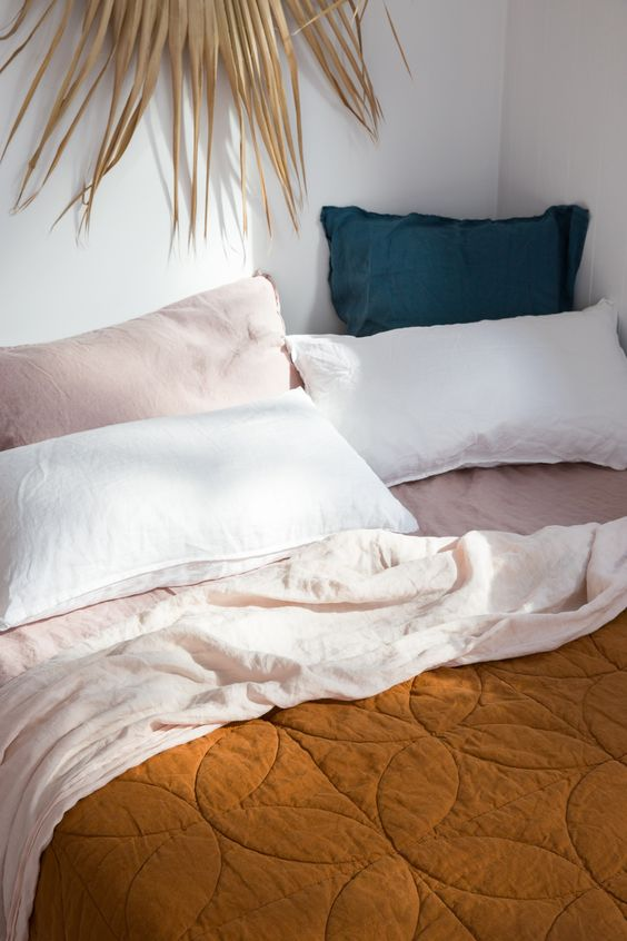 French linen bedding | blanket sheets pillowcases | Girlfriend is Better