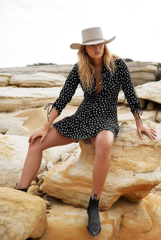 Ranch style cowgirl fashion cowboy hat floral dress   Girlfriend is Better