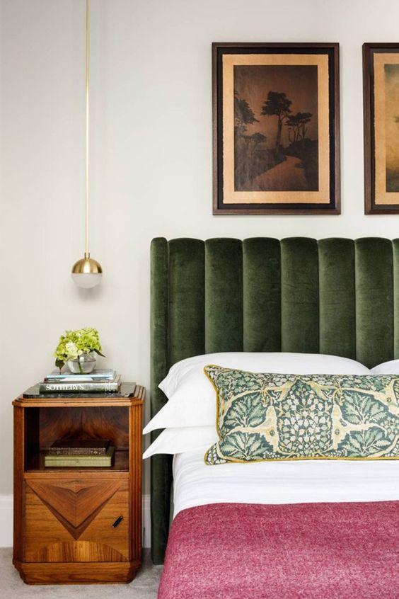 Wood element Feng Shui   Bedroom green headboard side table   Girlfriend is Better