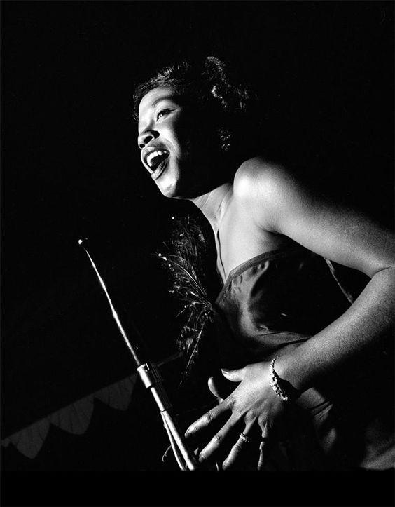 female jazz singers | Sarah Vaughan | Girlfriend is Better