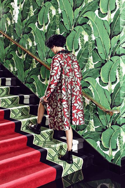 Chinoiserie banana leaf wallpaper   The Greenbriar Dorothy Draper interior design   Girlfriend is Better