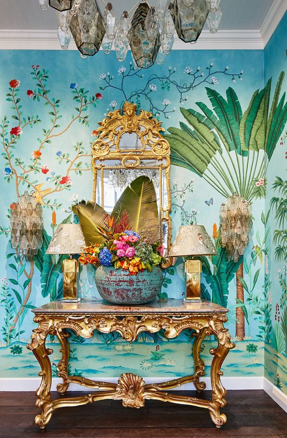 chinoiserie wallpaper ornate gold console table | Girlfriend is Better