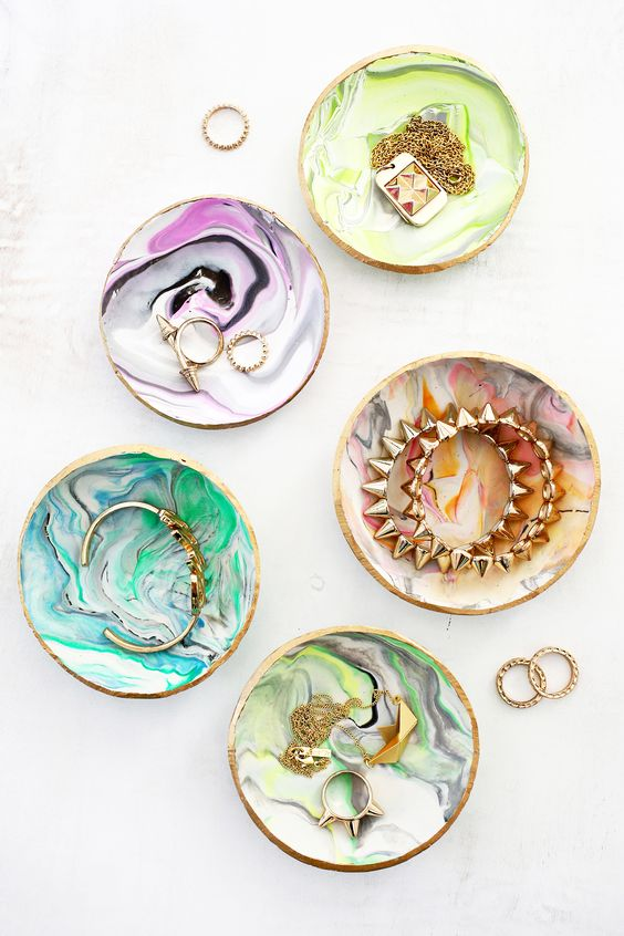 DIY Christmas Gifts   handmade marbled clay ring dish accessories   Girlfriend is Better