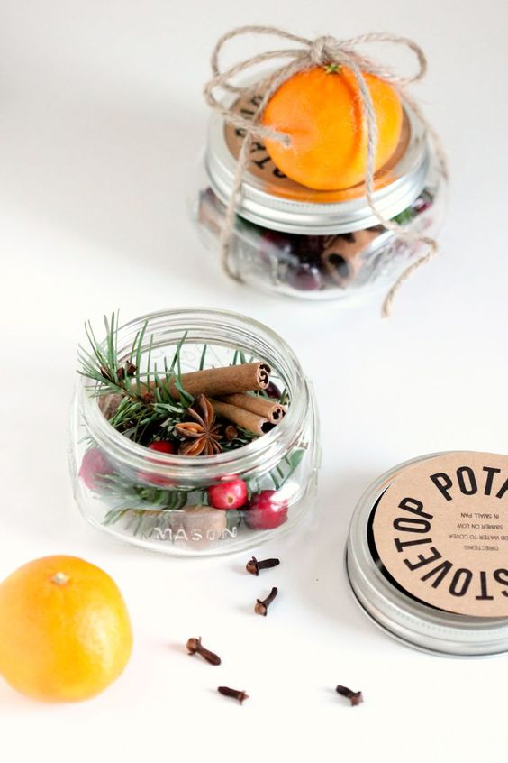 DIY Christmas gifts | mason jar stove top potpourri pine cinnamon spice | Girlfriend is Better