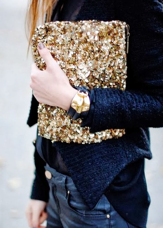 New Year outfit gold sequin clutch | Girlfriend is Better