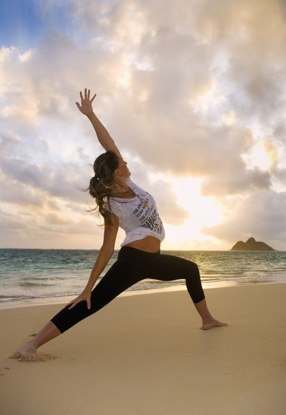 Oahu Hawaii yoga beach   Girlfriend is Better