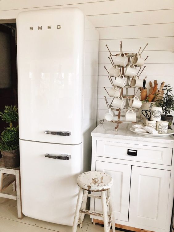 SMEG | White fridge by white mugs | Girlfriend is Better