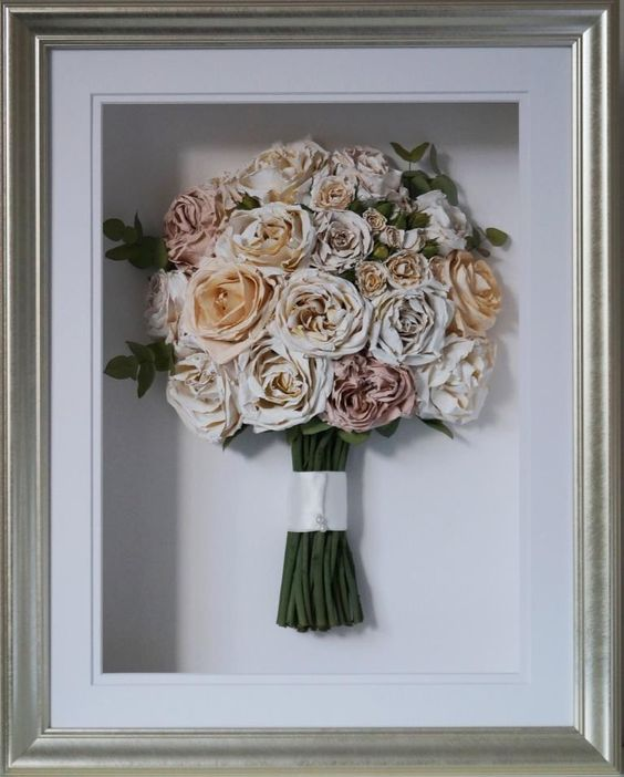 Preserved Bouquet | Framed dried flowers | Girlfriend is Better