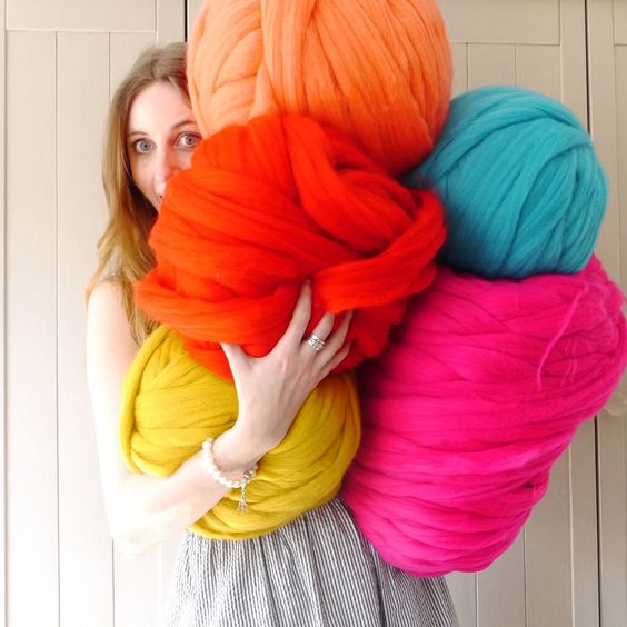 diy knit blanket | chunky merino wool yarn bright pastels | Girlfriend is Better