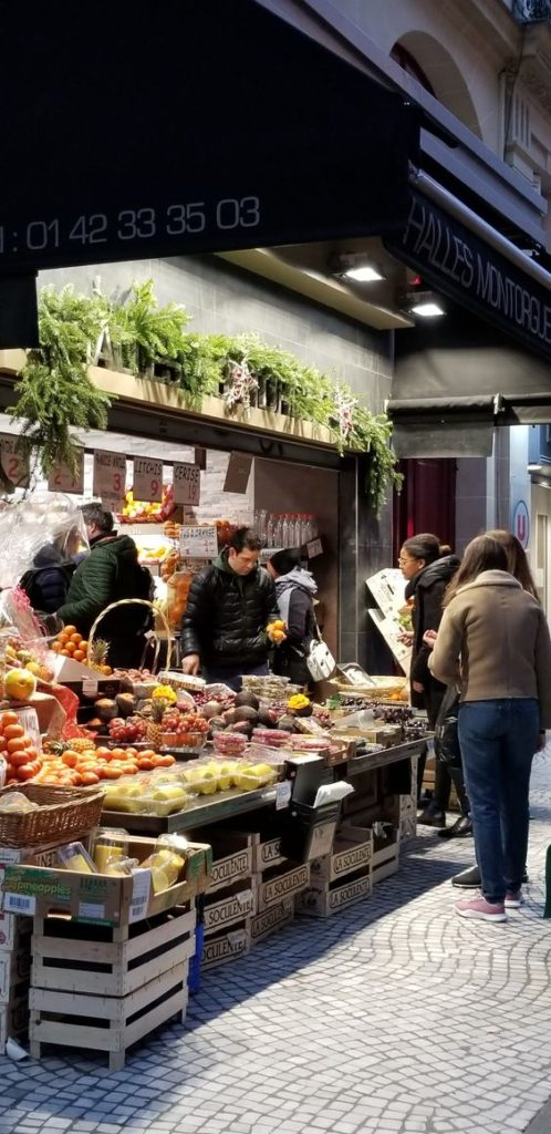 Paris 2nd arrondissement | rue de montorgueil shopping fruits vegetables market | Girlfriend is Better