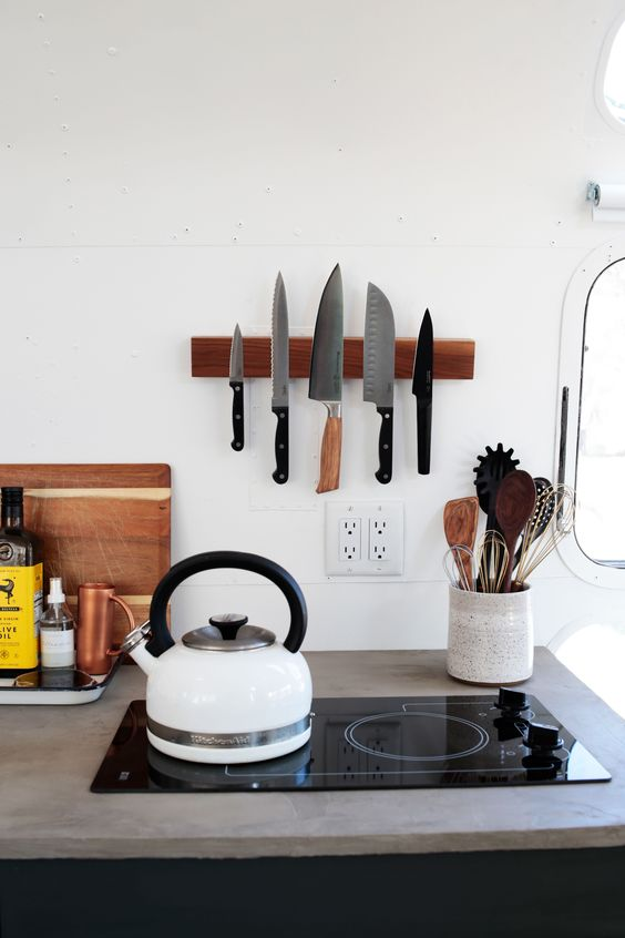 midsummer hygge | kitchen knife rack tea kettle white wood ceramic | Girlfriend is Better