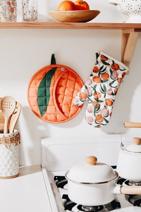 Southern Bohemian | kitchen higgle peach pot holder teapot | Girlfriend is Better